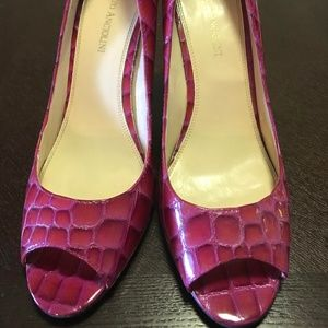 Enzo Anciolini Size 10 Magenta Stilletto Heels